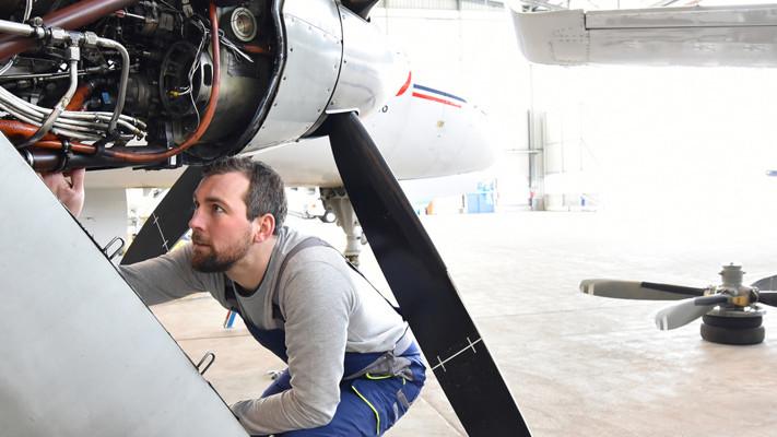 Luft- und Raumfahrttechnik: Forschung und Entwicklung über den Wolken